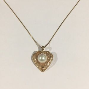 14k Yellow Gold Heart ❤️ Shape Pendant With Pearl